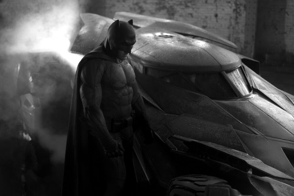 Ben Affleck's Batman Costume Revealed